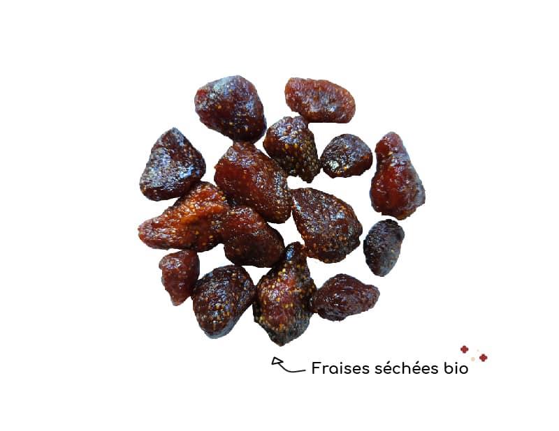 les-fraises-sechees-bio-de-chocokada-pour-personnaliser-votre-chocolat